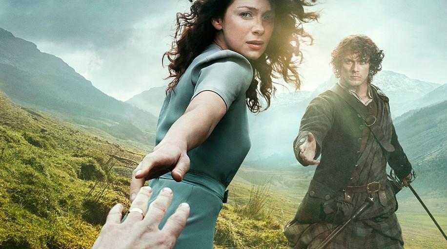 Outlander: Claire (Caitriona Balfe) und Jamie (Sam Heughan) Bild: Starz.com